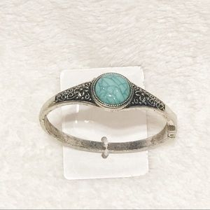 Jewelry - Turquoise fashion clamp bracelet NWT